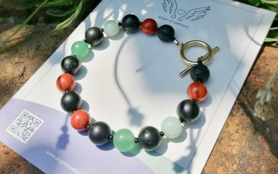 NEW 'Chembechembe' Shungite bracelet with crystals and bar clasp